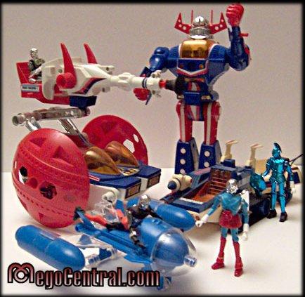 Micronauts toy line hasbro tomy